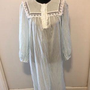 Vintage Nightgown Barbizon Size L Blue Batiste